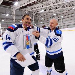 Турнир дворовых любительских команд по хоккею с шайбой «Мое хоккейное лето» (фото Рустама Салимова)