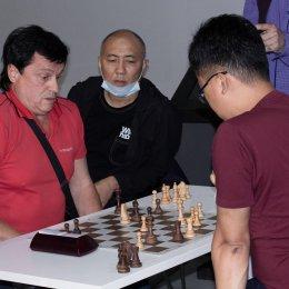 Блиц-турнир с участием международных гроссмейстеров Александра Рахманова и Марии Фоминых (фото Светланы Кругловой)