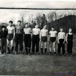 Футбольная команда поселка Октябрьский