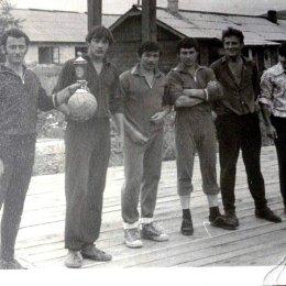 Волейбольная команда села Восточное Макаровского района