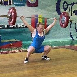 Участниками чемпионата области по тяжелой атлетике стали спортсмены из Анивы, Холмска и Южно-Сахалинска