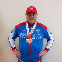 Островные тяжелоатлеты завоевали пять медалей на чемпионате страны среди ветеранов