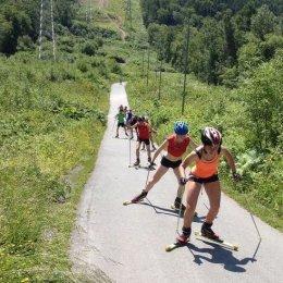 Воспитанники СДЮСШОР ЗВС готовят лыжи летом