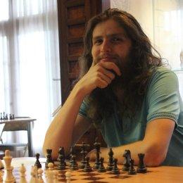 Константин Тарлев прервал серию Дмитрия Оболенских из шести побед подряд
