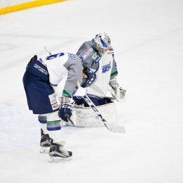 В хоккей сыграют настоящие мужчины