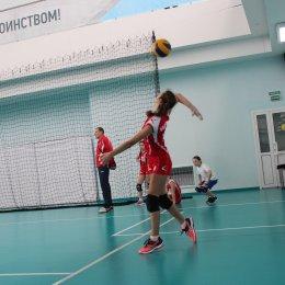 ГБУ СО «ВЦ «Сахалин» объявляет дополнительный набор девочек 2005 - 2006 г.р., желающих заниматься волейболом