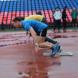 В Южно-Сахалинске прошел чемпионат и первенство островного региона по легкой атлетике