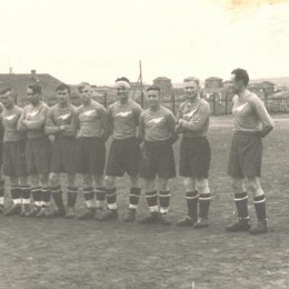 Островной футбол 80 лет назад