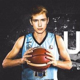Александр Глушков вызван в юношескую сборную России