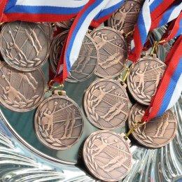 Кубок губернатора Сахалинской области по волейболу завершился победой команд ВЦ «Сахалин»