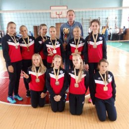 Островные волейболистки стали победительницами турнира во Владивостоке