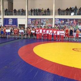 Островные борцы вольного стиля успешно проявили себя на турнире в Благовещенске