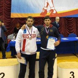 Островные борцы завоевали золотую и серебряную медали чемпионата ДФО