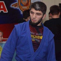 Чемпион мира по ММА Велимурад Алхасов провёл мастер-класс для сахалинцев