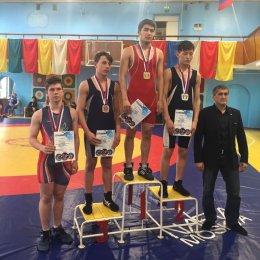 Островные борцы завоевали 11 медалей первенства ДФО