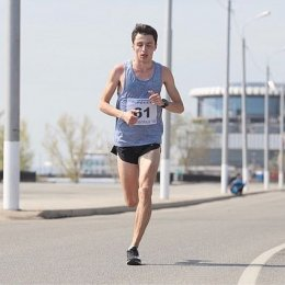Олег Сергеев занял пятое место на Волгоградском марафоне