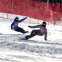 Сахалинские сноубордисты Софья Надыршина и Антон Белоусов стали серебряными призерами командного параллельного слалома-гиганта