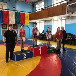 Островные спортсменки завоевали три путевки на первенство России среди девушек