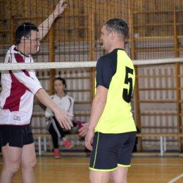 Спартакиада в Тымовске завершилась волейбольным турниром