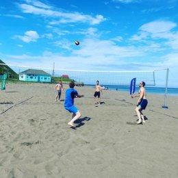 Пляжный турнир в Невельском районе собрал десять команд
