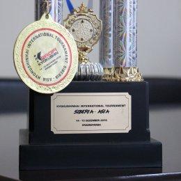 Валентину Шкуракову поздравили со званием «Спортсмен месяца»