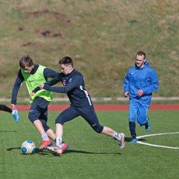 Футболисты начали тренировки