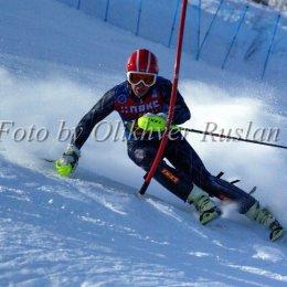 Дмитрий Ульянов занял второе место на этапе Кубка России по горнолыжному спорту