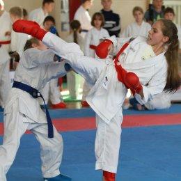 Островные каратисты заняли третье место в командном зачете на Всероссийских соревнованиях в Крыму
