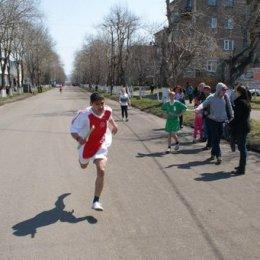С эстафетной палочкой по улицам Углегорска