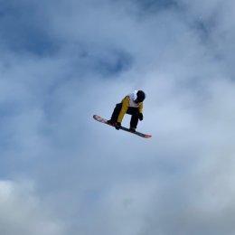 Сахалинские горнолыжники и сноубордисты начали сезон без раскачки