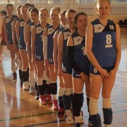 Сахалинские волейболисты завоевали серебряные медали первенства ДФО