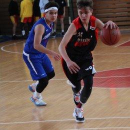 Восемь команд вышли на старт баскетбольного турнира памяти Андрея Корнева