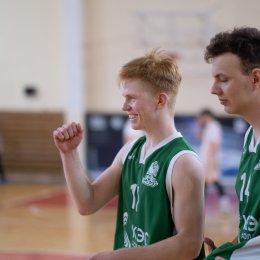 Победителями областного этапа чемпионата ШБЛ стали команды из островной столицы