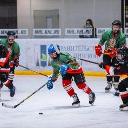 Определены полуфиналисты Кубка Лиги дворового хоккея
